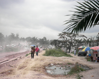 Straßenszene DR Kongo. Foto: Hartmut Heuser