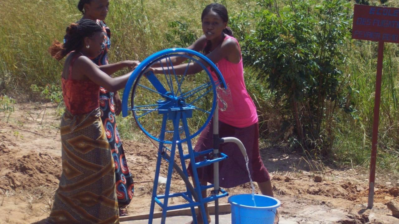 Brunnenbau macht Schule - Die Initiative für sauberes~54
